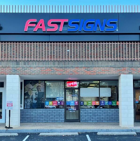 FASTSIGNS-Austin-TX-Burnet-Rd