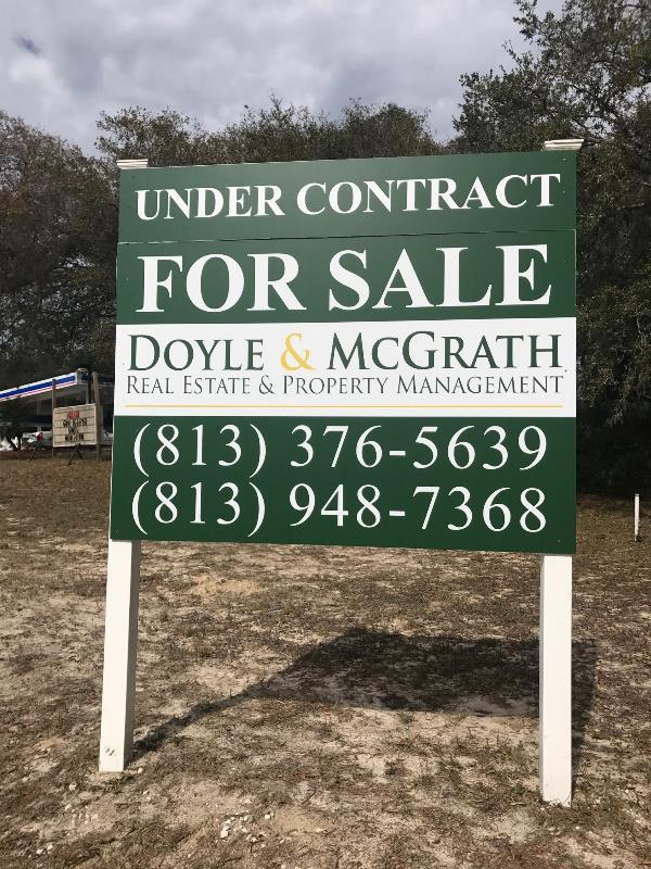 Commercial real estate site signage for properties under contract
