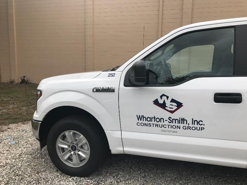 Door panel vehicle graphics for trucks