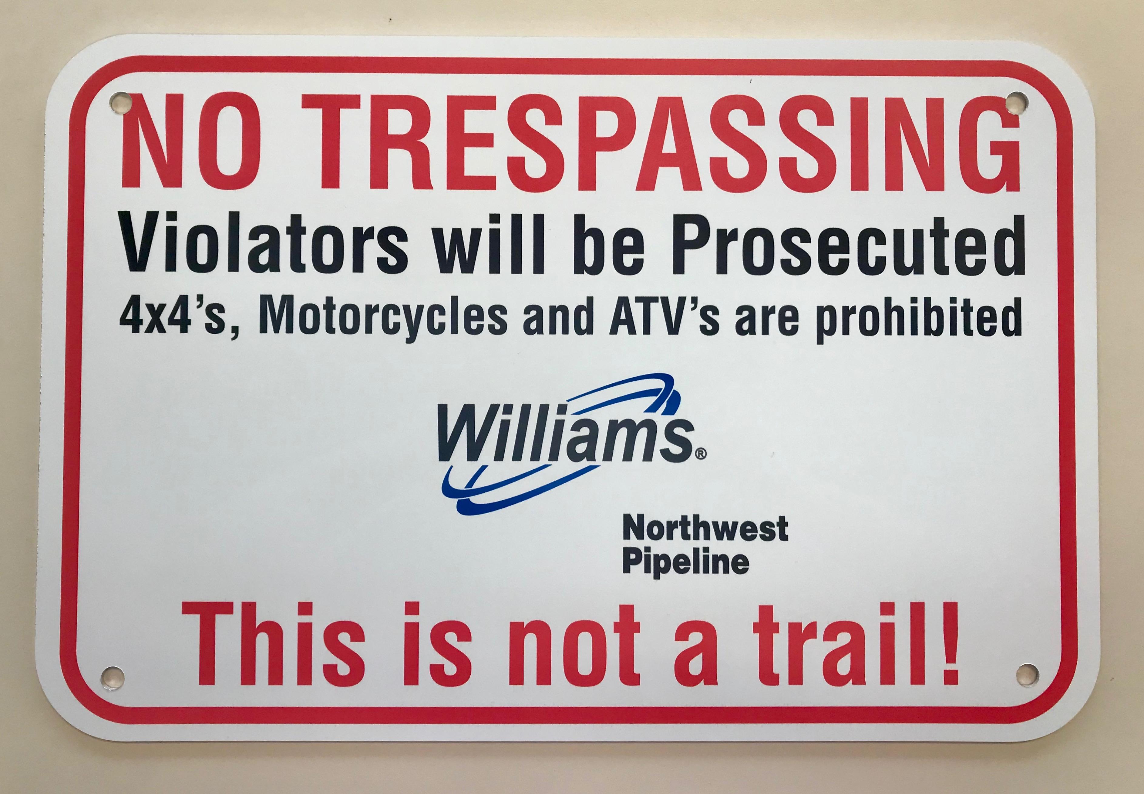 Aluminum No Trespassing Sign