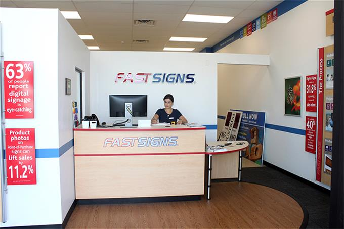 FASTSIGNS of Lakeland, FL Showroom