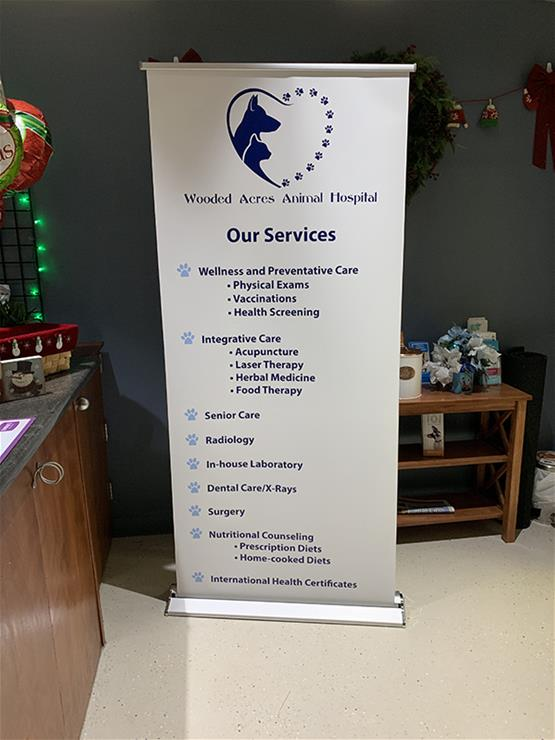Wooded Acres Animal Hospital Retractable Banner