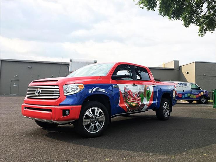 2017 Phillies Toyota Tundra vehicle wrap