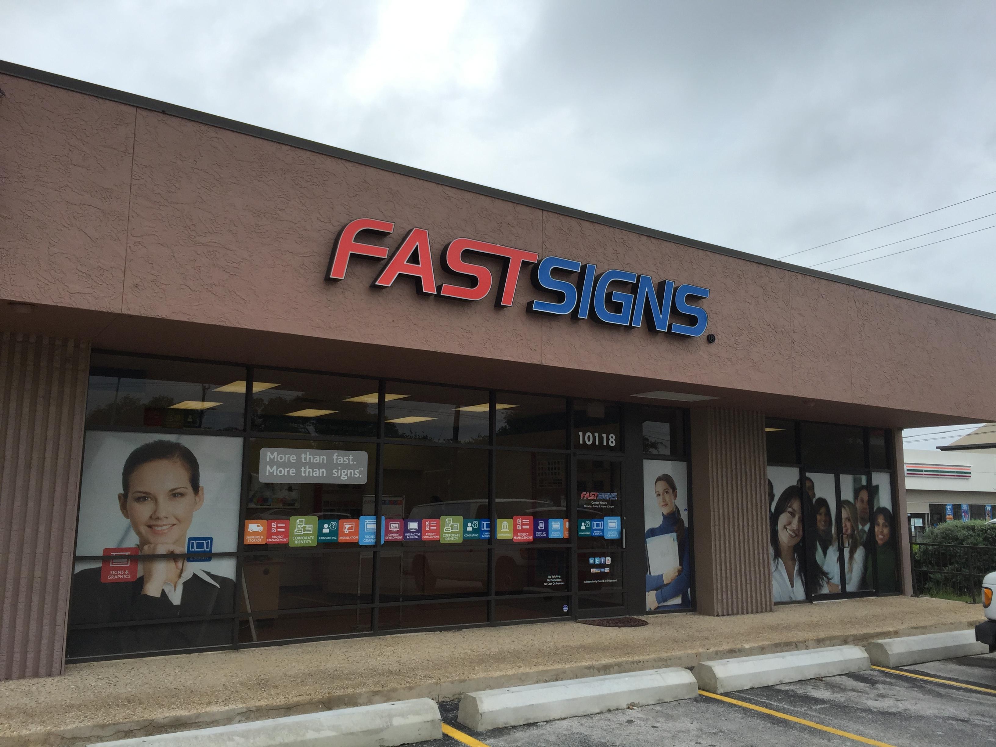 center_36_storefront