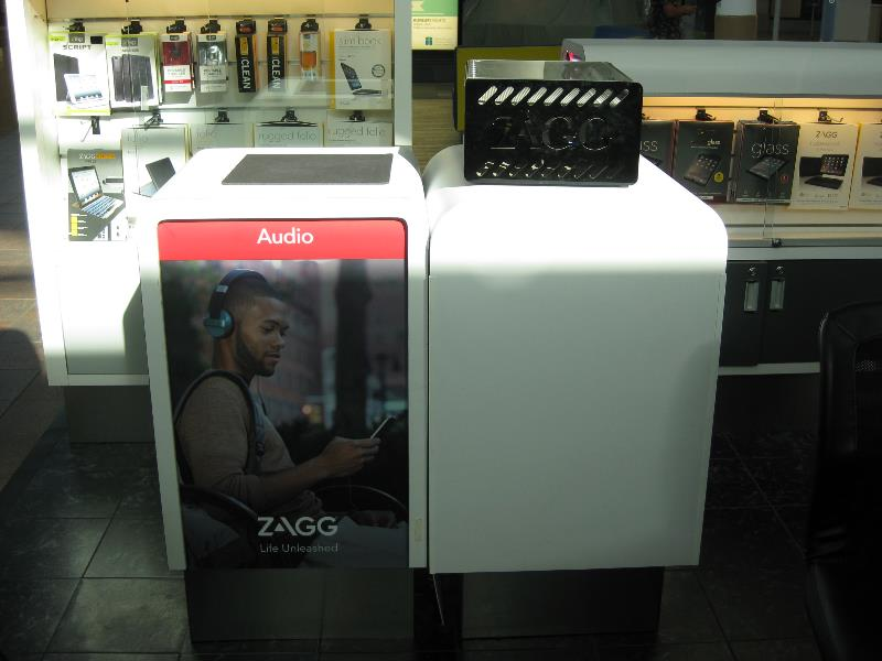Zagg Vinyl Mall Booth Graphics