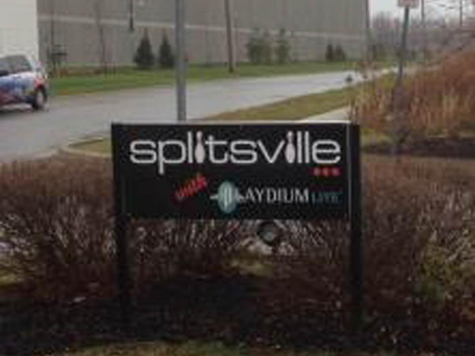 Splitsville Road sign