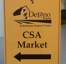 Farmer's Market Directional Signs
