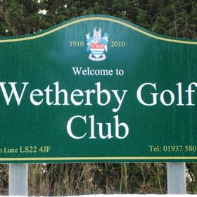Custom Made Signs for Your Golf Club