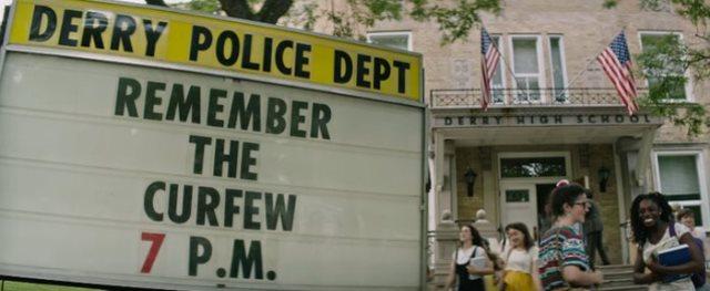 Derry Police Sign IT Movie