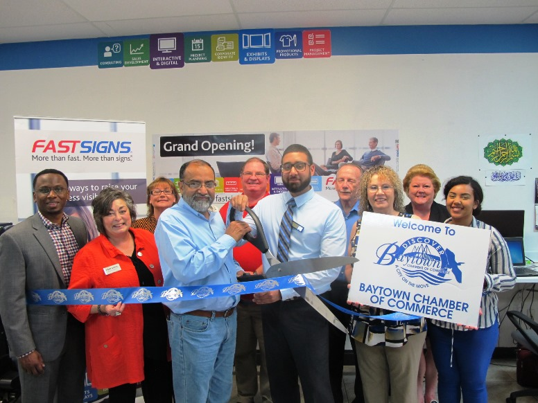 FASTSIGNS® of Baytown Celebrates Grand Opening