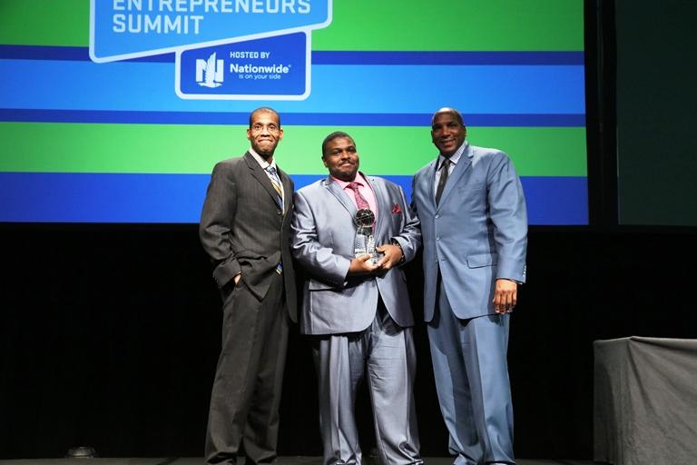 Howard_James_BE Franchise Award_stage