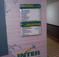 Universidad Interamericana Wayfinding Sign