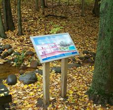 Trail placemaking signs
